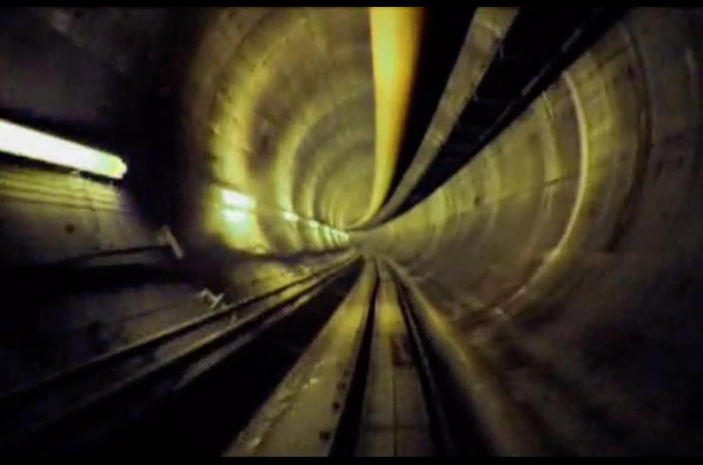 AMITOS: Historia de los túneles